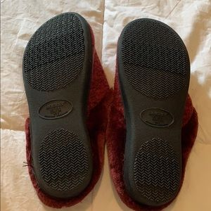 isotoner Shoes - NWOT Isotoner Slippers (Hard Rubber Sole)